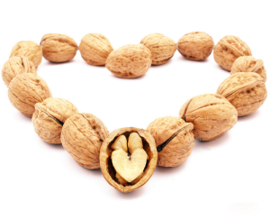 walnuts-for-a-healthy-heart-(800x600)